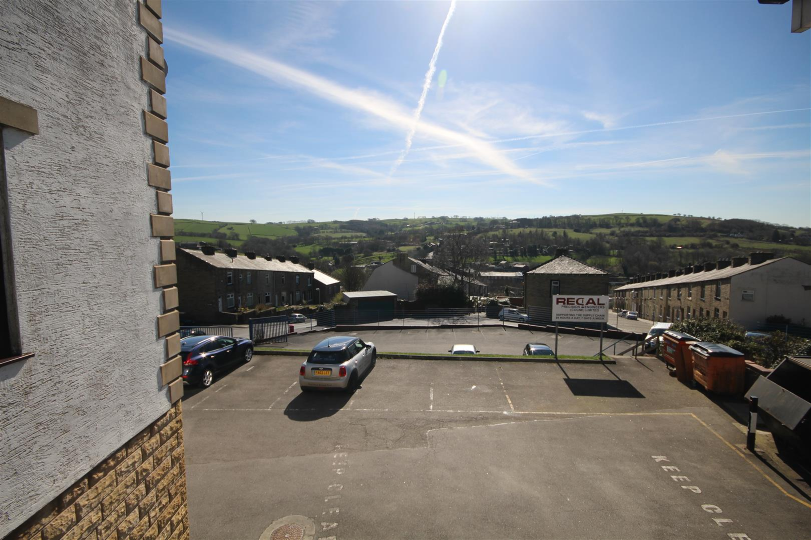2 bedroom apartment For Sale in Colne - IMG_9488.JPG